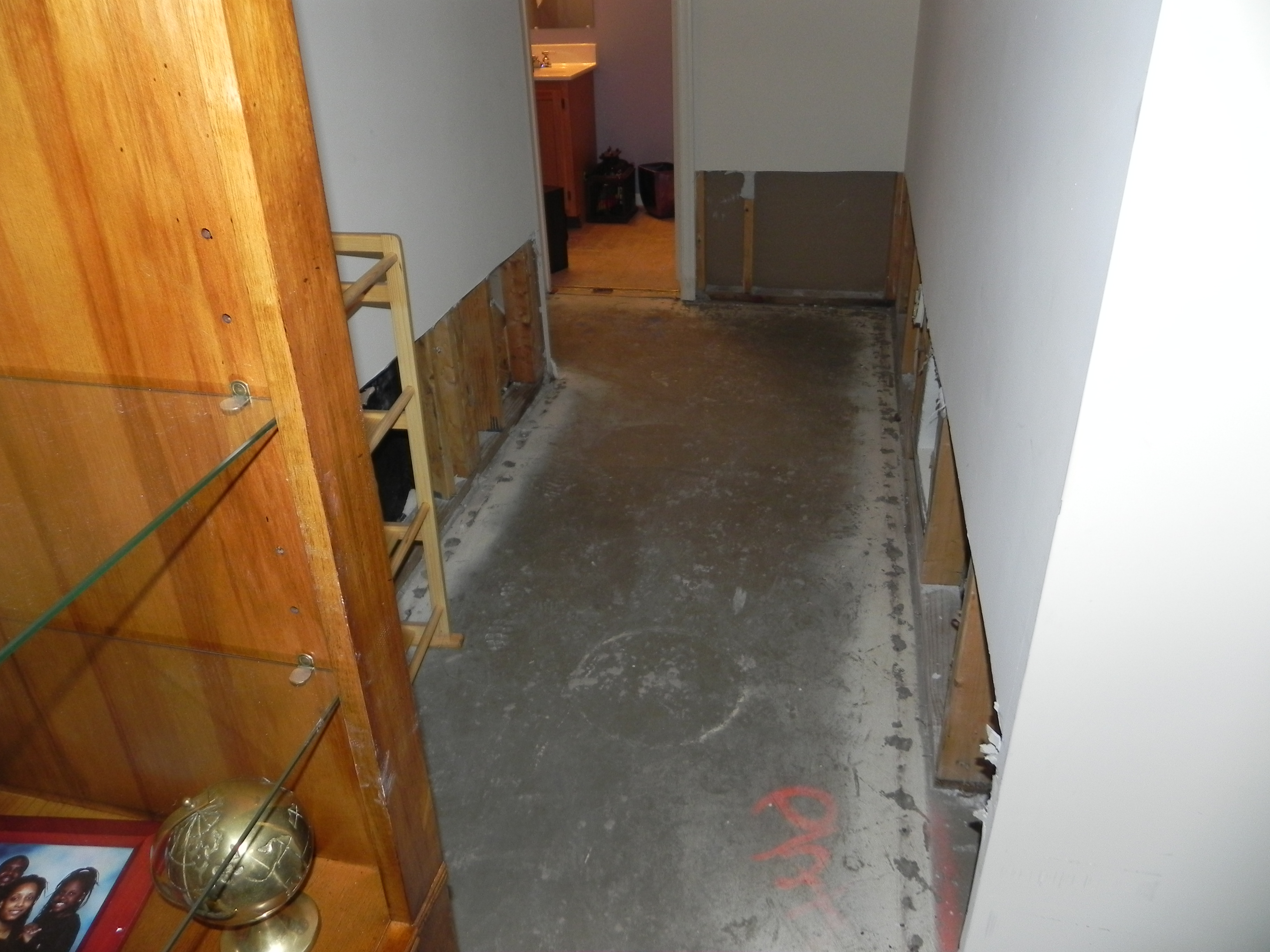 Water Damage Cleanup & water Extraction Services in MD DC & VA